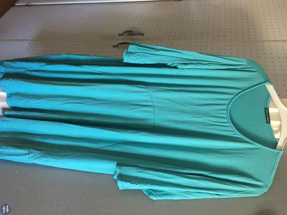 2 st ikea kassar med nya dam/tjejkläder stl 52-56