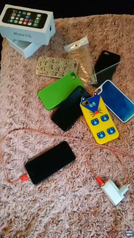 I phone 5 s. 16 GB. Svart /spacegrey