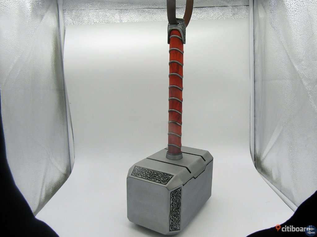 Thors hammare i metall