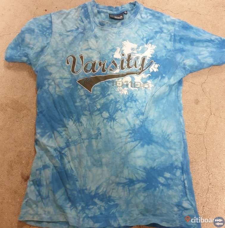 Snygg t-shirt stl 146