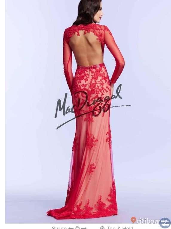 Fest klänning röd