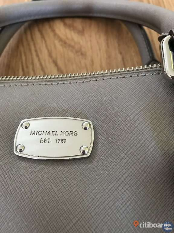 Michael Kors Ciara Väska Leather Pearl Grey