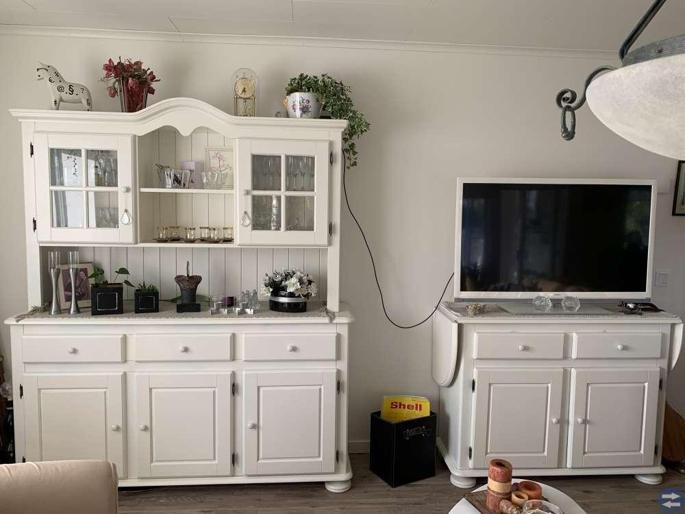 Vita möbler, helt set.....