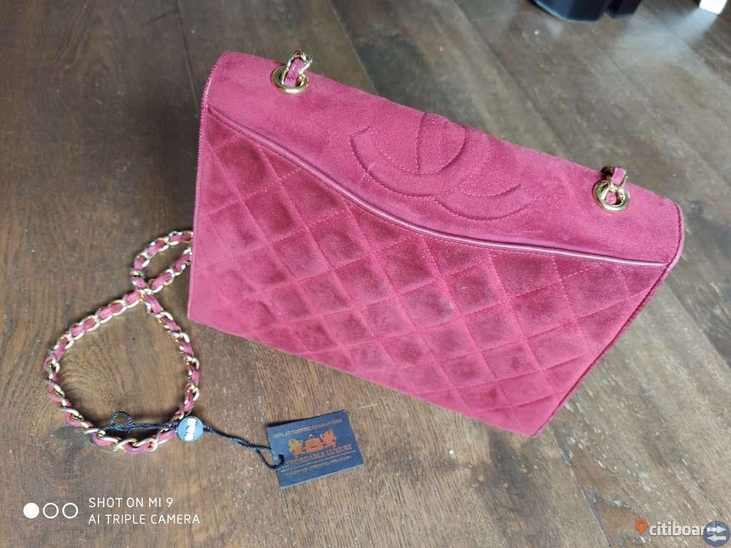 rosa chanel väska