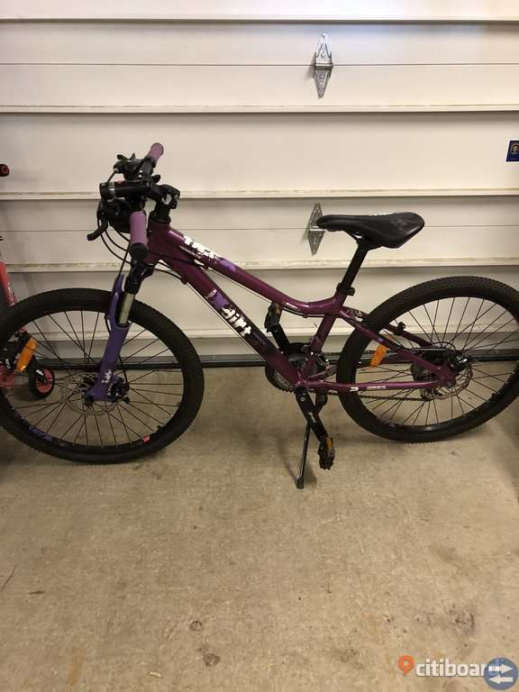 24 tum barncykel i bra skick