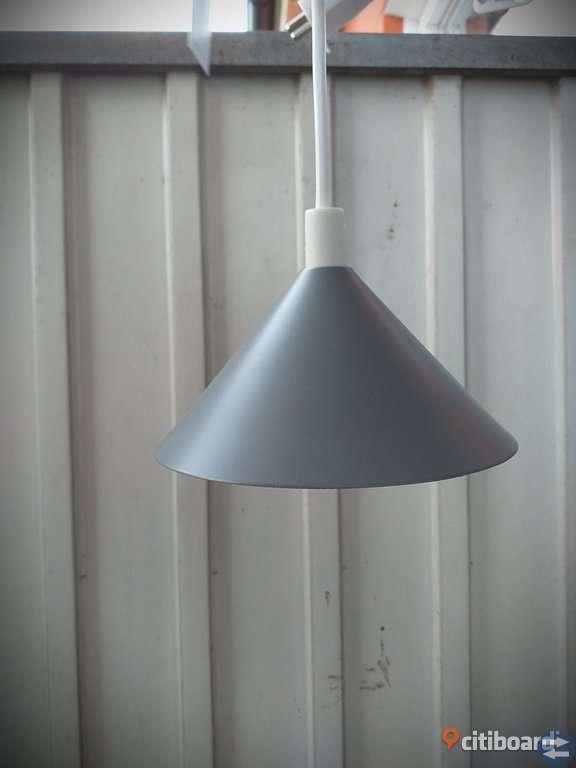 3 stycken OANVÄNDA Fönsterlampor