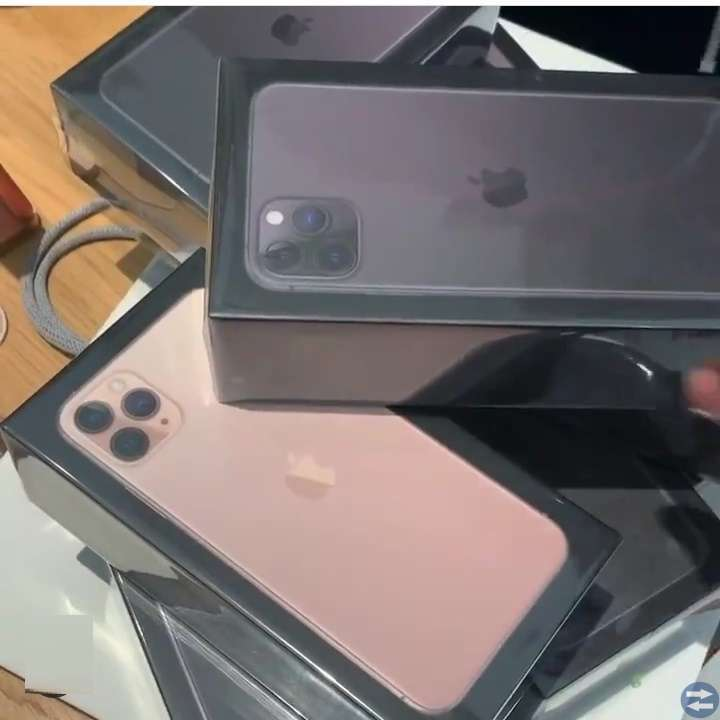 Apple iPhone 11 Pro iPhone XS Samsung Note 10+