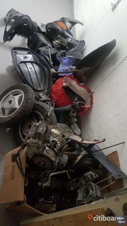 Garage rensning massa moped delar