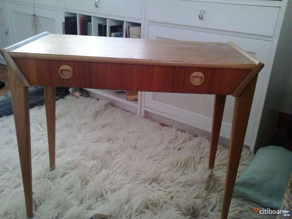 skrivbord med lådor citiboard.se