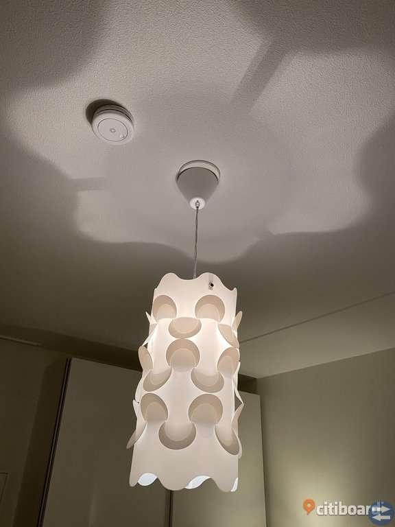 Taklampa från Ikea Boråstorget.se Annonsera gratis på Boråss bästa och största köp & sälj marknad