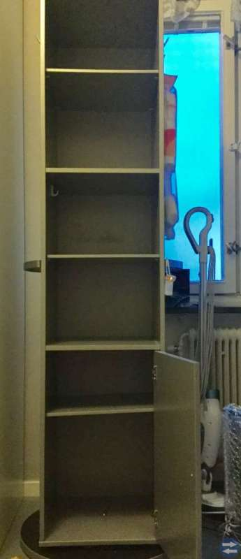 Snurrskåp (IKEA)