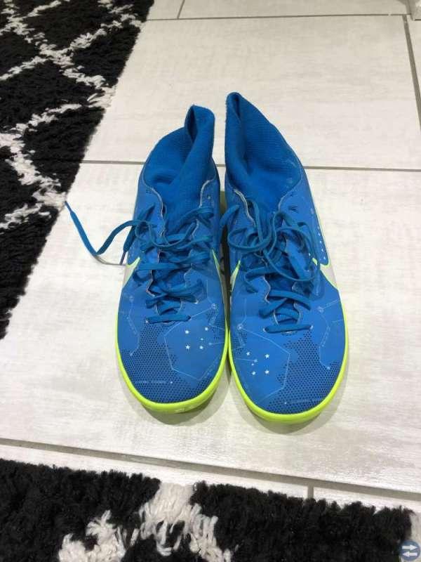 Tre par skor i bra skick