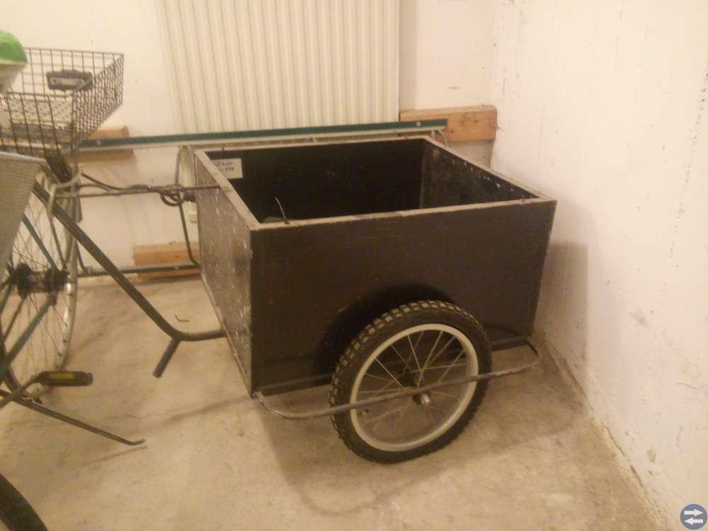 Cykel Släpvagn svart + Plus Reservdack
